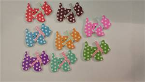Spotty Dog Wooden Button 27 x21m