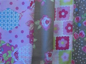 Brown Floral/spot Cotton Fabric Bundle. 4 Fat quarters