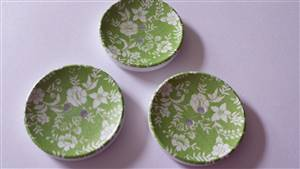 Green Floral wooden buttons 40mm