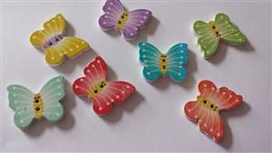 Butterfly wooden buttons 20.2 x 25mm