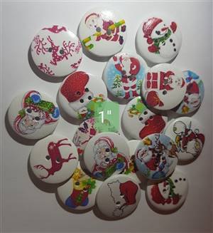 Round Christmas wooden button 25mm