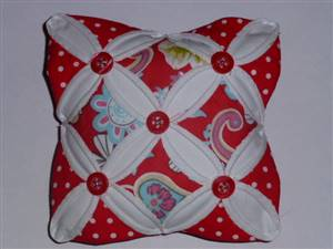 Red Floral Cathedral Window Pin Cushion Kit