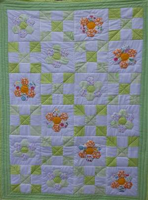 "Spring Hexagon quilt pattern. 39"" x 44"""